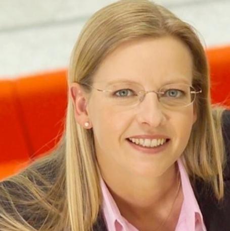 Claudia Nicolai